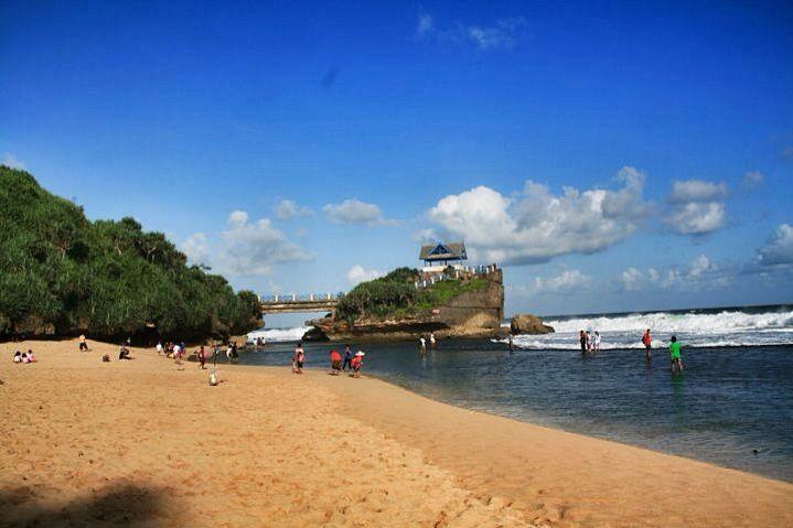 Pantai krakal gunung kidul