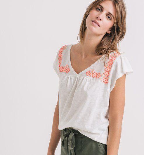 T-shirt brodé Femme. TejidoBlousesSpring Summer 2016WomanEmbroidery
