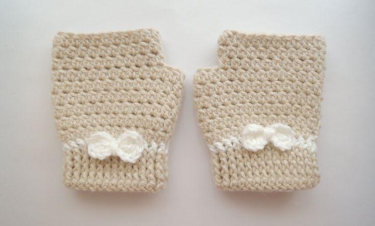 17 best Mitones images on Pinterest   Crochet gloves, Crochet ...