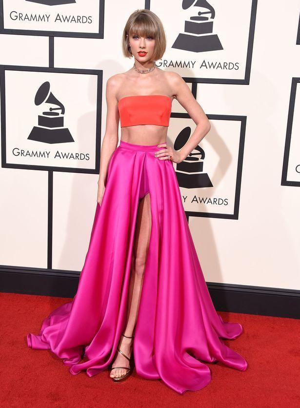 Celebrities Red Carpet Pink Dress Fashion Dresses