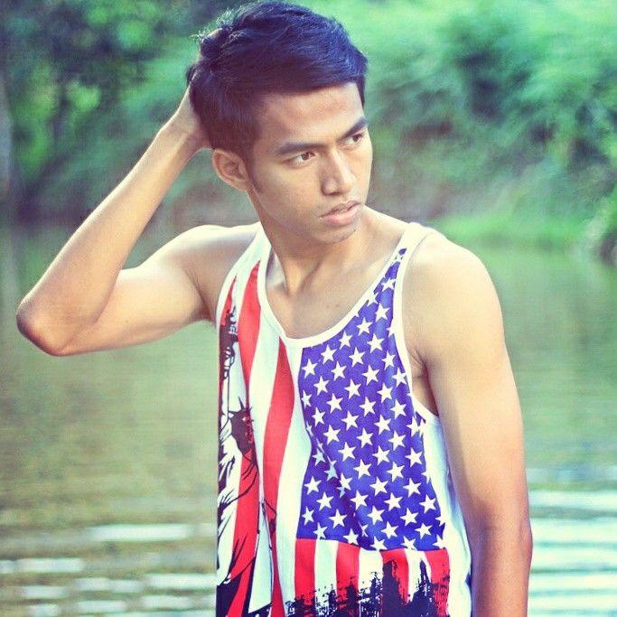 Molis gadient DREAM. BELIEVE. AND MAKE IT HAPPEN. @agnezmo @tyrabanks @cw_antm @lamodels @lamodels @ohlalamag @demig0dm0dels  @tyrabanks #lmen #like #instagram #invincible #menshealth #menmodel #malemodel #Indonesia #fashion #keepcalm #Sport #sexy #abs #Workout #workhard #cute_guy #gut