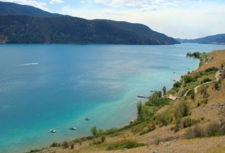 Vernon BC...Kalamalka Lake (the lake of many colours)