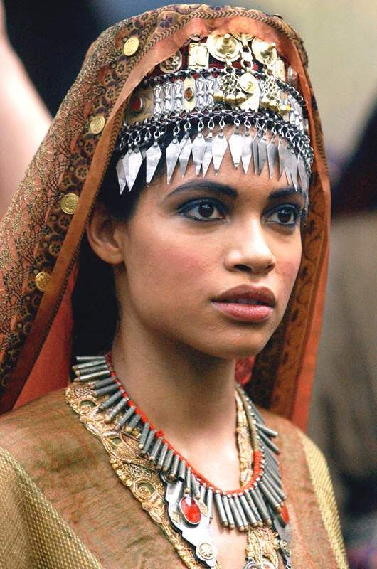 "theladyscloset: "" Rosario Dawson as Roxanne in Alexander (2004) "" Alexander begins around 283 BC"