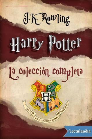 Harry Potter es una heptalogía de novelas fantásticas escrita por la autora británica J. K. Rowling, en la que se describen las aventuras del joven aprendiz de mago Harry Potter y sus amigos Hermione Granger y Ron Weasley, durante los siete años que...