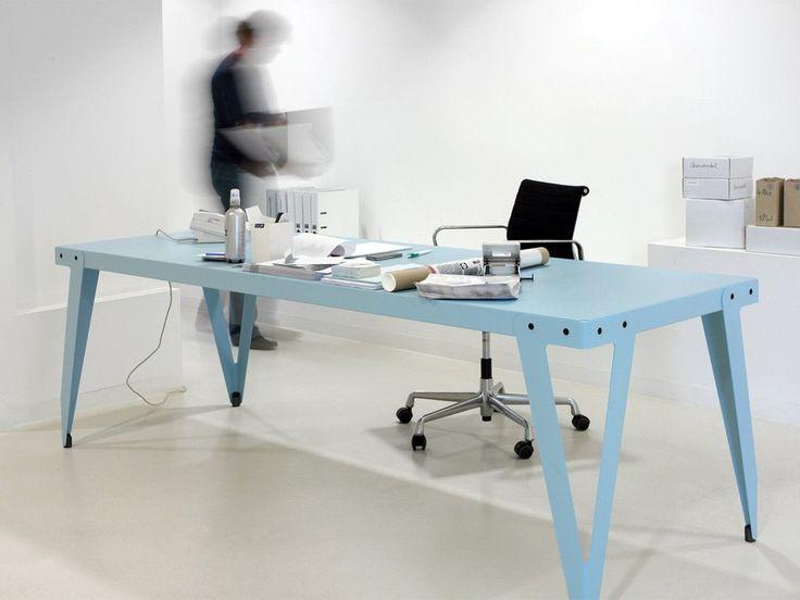 Functionals tafel Lloyd Table (76 cm hoog) door Serener   www.designlinq.nl