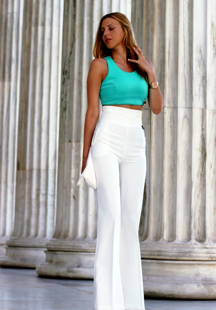 White pants and green crop top http://pearlsandrosesdiary.blogspot.gr/2015/07/habillee.html