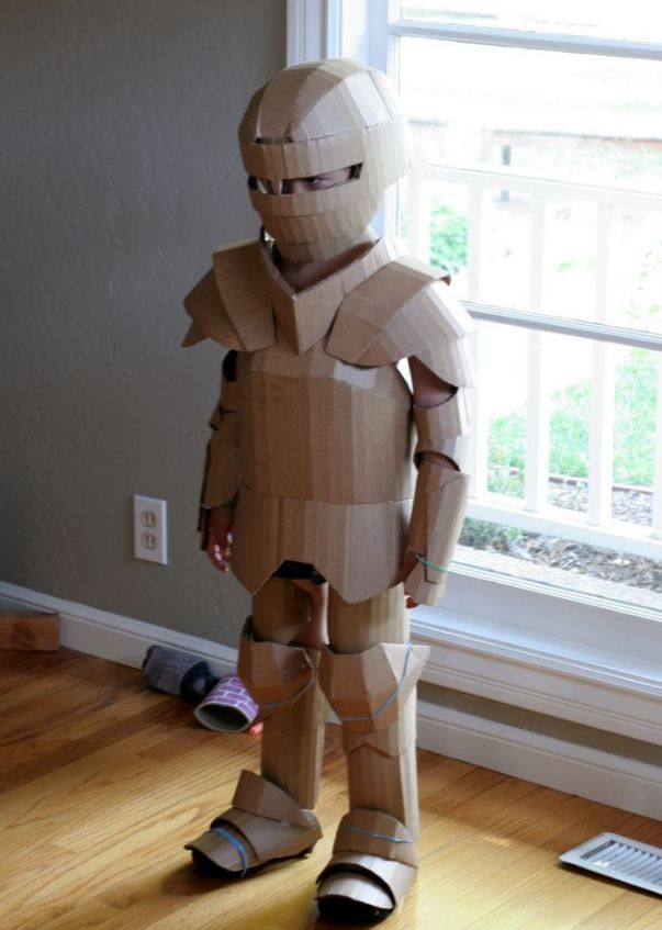 World's Best Dad Fashions Incredible Armoured Suit For His Son Using Only Cardboard.