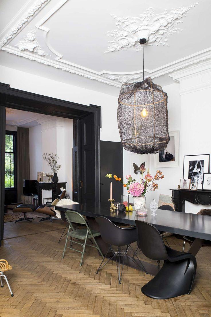 Black and white Parisian style decor