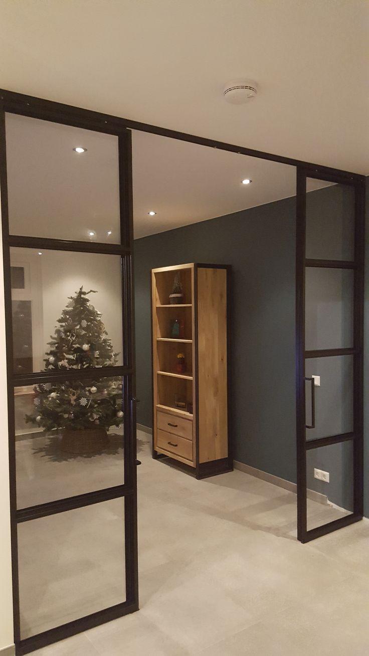Dubbelen stalen schuif deuren #wonen #inrichting #huis #inspiratie #deur