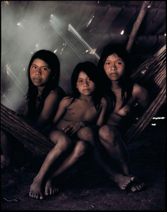 Οι Huaorani μέχρι το 1956 δεν είχαν ποτέ καμία επαφή με τον έξω κόσμο. ©Jimmy Nelson