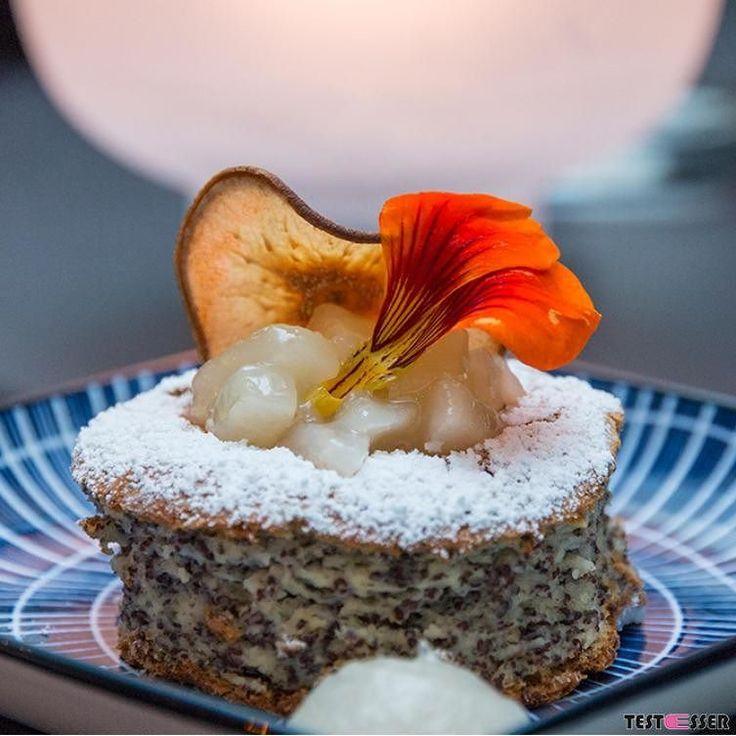Glück kann man nicht kaufen  aber essen schon! In Form von süßen Trostpflastern gezuckerten Stimmungsaufhellern oder schokoladigem Zeitvertreib. Heute gibt's im Blog 7 Grazer Glückslieferanten .... #endorphine #schokomachtglücklich #wogibtsdiebestendesserts #dessert #sweets #kaffeeundkuchen #kuchen #torte #geheimtipp #foodgasm #foodpic #instafood #foodies #foodie #foodshot #foodstagram #instafood #photooftheday #picoftheday #testesser #graz #steiermark #austria #igersgraz #grazblogger…