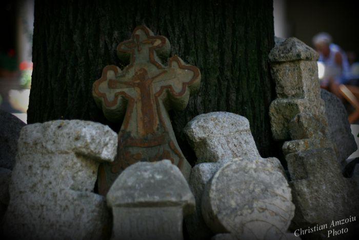 Stavropoleos Church http://prinochideturist.wordpress.com/2013/07/17/manastirea-stavropoleos-church/