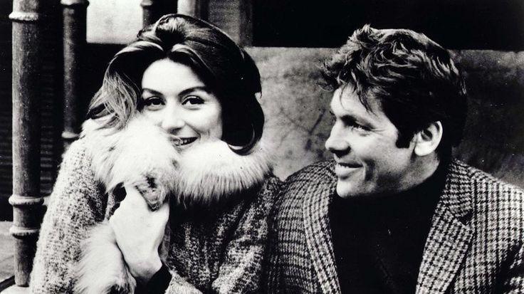 R.I.P  Pierre Barouh, (ci avec Anouk Aimée, sa femme dans le film de Claude Lelouch puis à la ville)