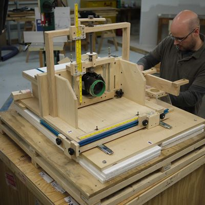 Homemade horizontal router table shop tools and jigs for Best horizontal router table
