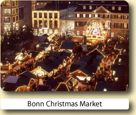 Christmas Market in Köln, Germany. I dream of going back there on Christmas time!!