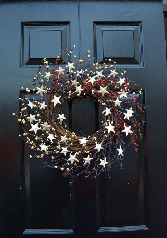 Loving this Memorial Day or Fourth of July wreath!