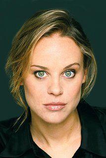 Nadine Garner - Stars as Jeanne Beasley in the Doctor Blake Mysteries