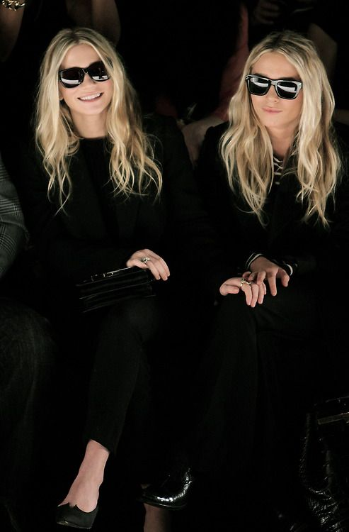Mary Kate & Ashley Olsen,  This is so why I love black on black!!!!!