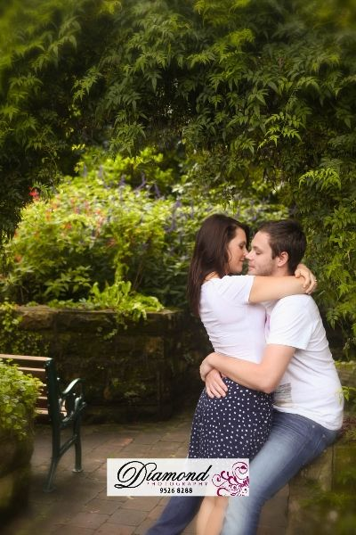 Camellia Gardens Engagement Session