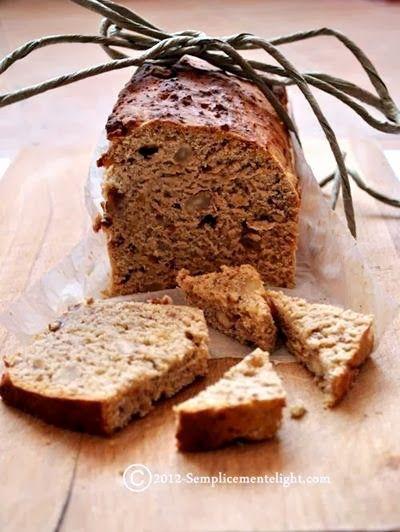 Pan dolce con mele,mandorle,uvetta e miele