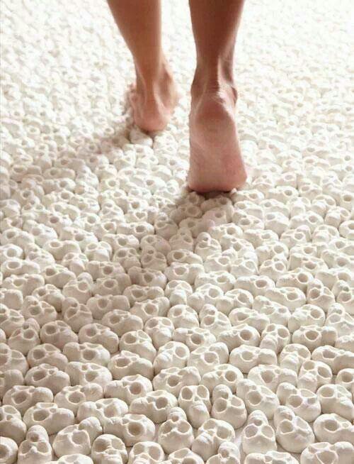 Skull carpet I want. NO LES ENCANTARIA UNA ALFOMBRA COMO ESTA?