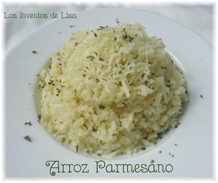 Hoy les comparto esta rica receta de arroz.   De vez en cuando nos gusta salir de la monotonía del arroz con habichuelas lol.         5 cd...