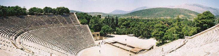 #Grecia Antiga - Vista Panorâmica do teatro grego Epidauro  #www.turismogrecia.info