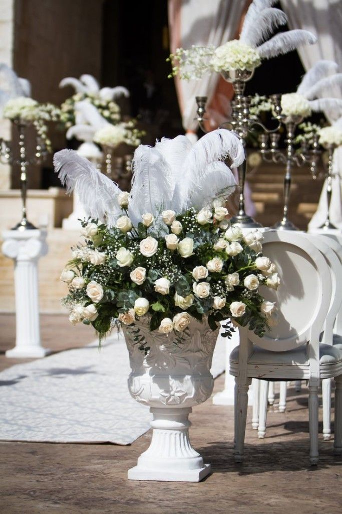 A close up look at just how detailed and beautiful your decor can be at Dreams Riviera Cancun #lizmooreweddings #lizmooredestinationweddings #Lizmooremexico #lizmooredreamsrivieracancun