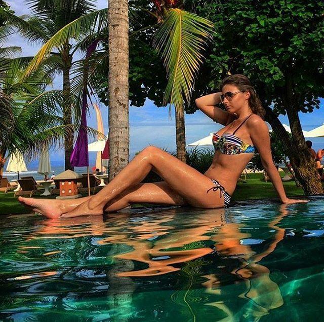 WEBSTA @ ayodyabali - Strike a pose when you get your summer body on 😉 📷: @anastasia_donchenko #summer #bali #holiday #ayodyaresort #relax