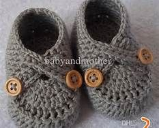 Crochet Baby Shoes Pattern. Pattern for purchase.