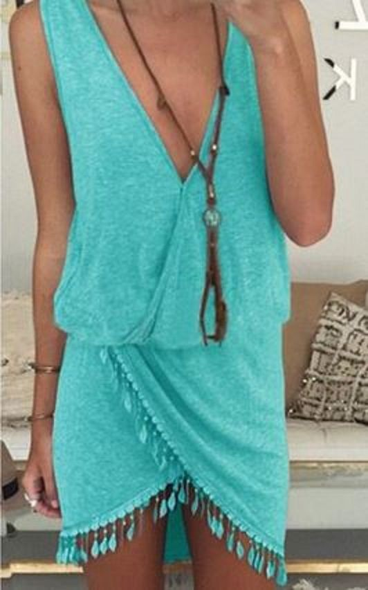 Perfect little vacation dress.                                                                                                                                                      More
