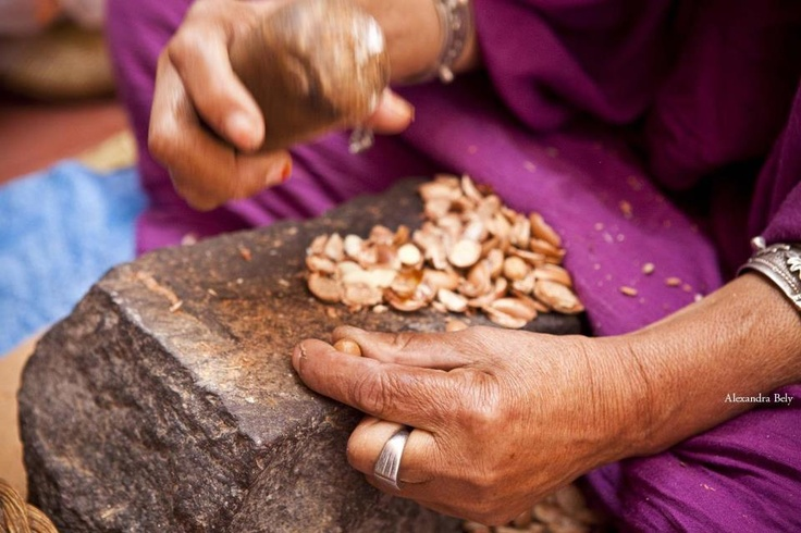 "This hand is one of the many hands that make LA MAISON DE L'ARGAN skincare ranges' key ingredient : Argan oil.  Since 2000, we have worked in close cooperation with this unique cooperative we co-founded and financed, working together to reach the genuine ""Cru d'Argan"" that you find in both Katima'A and ar457 ranges. One of our partners My Beauty Emporium and Photographer Alex Bely went there last November to bring you a bit of our precious & unique journey...  http://www.alexandrabely.com/"