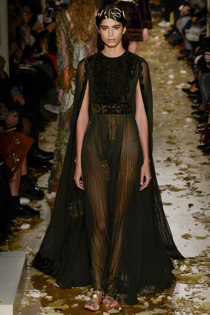 Défilé Valentino Haute Couture printemps-été 2016