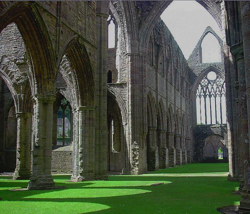 an analysis of the lines composed a few miles above tintern abbey by william wordsworth Have you ever had a chance to read william wordsworth's poem the official title is lines composed a few miles above tintern abbey, on revisiting the banks of the wye during a tour, july 13, 1798.
