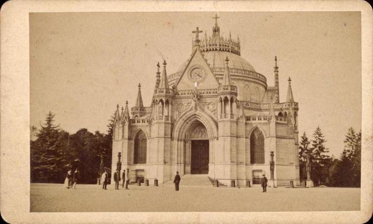 CDV Chapelle royale de Dreux d'Orléans animée Eur et Loir vers 1870