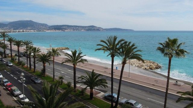 Nice - Promenade des Anglais - Exclusive location! Magnificent view over the Baie des Anges, which stretches from the Cape of Nice to the Fort Carré in Antibes. €440,000 #nice #promenadedesAnglais
