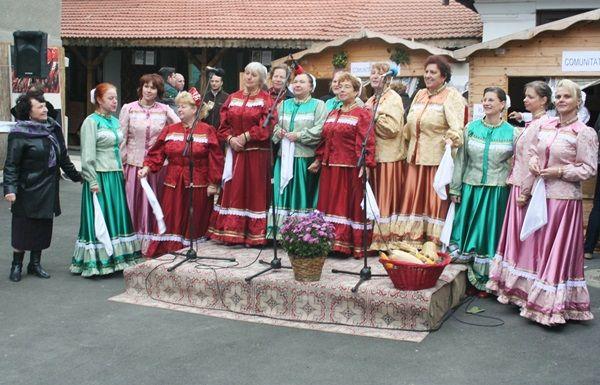 Ansamblul rușilor - lipoveni Lotca / Russian - Lipovan Ensemble Lotca