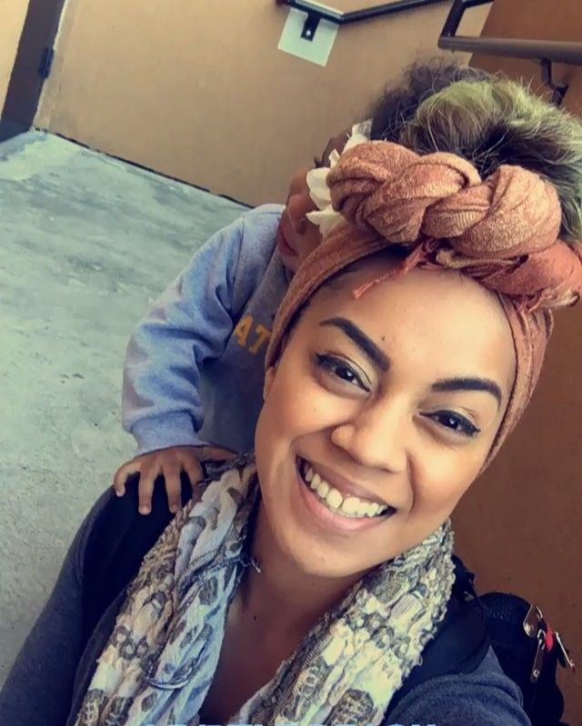 """70 Likes, 9 Comments - Mele Thompson 👑🇹🇴 (@mele_thompson) on Instagram: """"#MommyConfession Armena is at a stage where she is SUPER and I mean SUPER clingy to mommy...like…"""""""