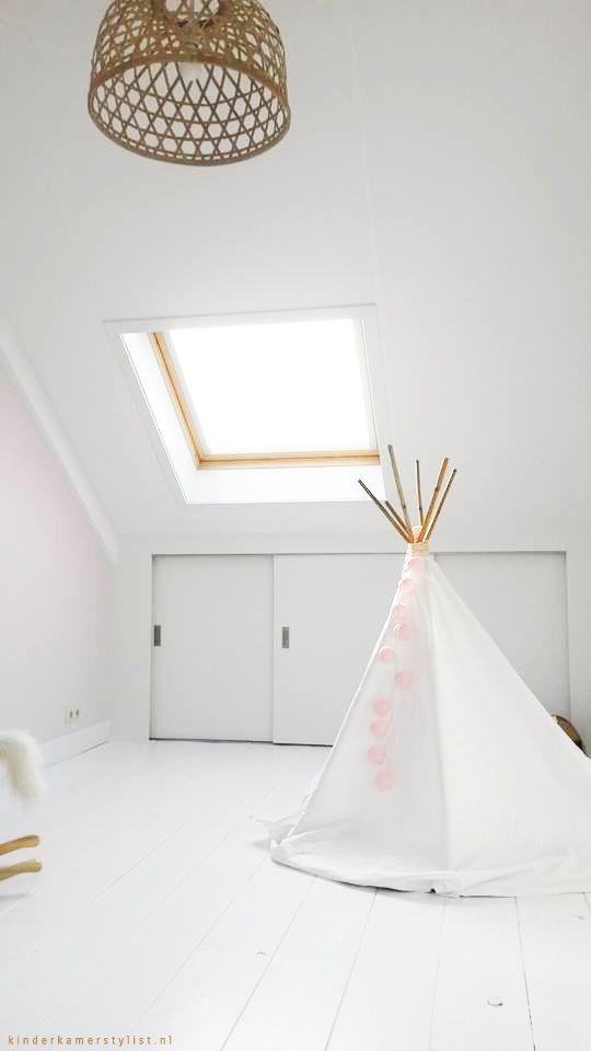 Kindervloer inspiratie Grenen houten vloer wit geschilderd | Kinderkamerstylist.nl