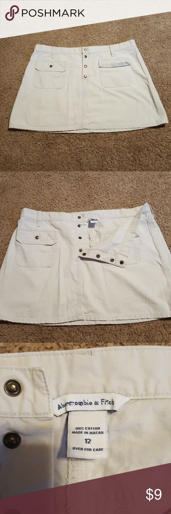 Abercrombie and Fitch skirt Good condition Abercrombie and Fitch khaki skirt size 12. Abercrombie & Fitch Skirts