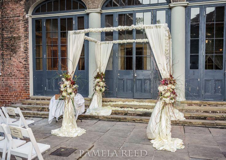 Broussard's Restaurant and Courtyard New Orleans. Wedding Venue