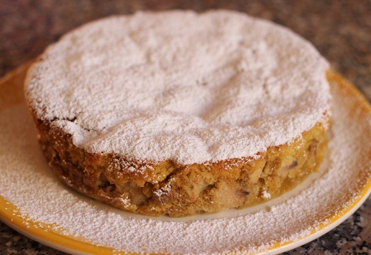 Sharlotka - Russian apple cake