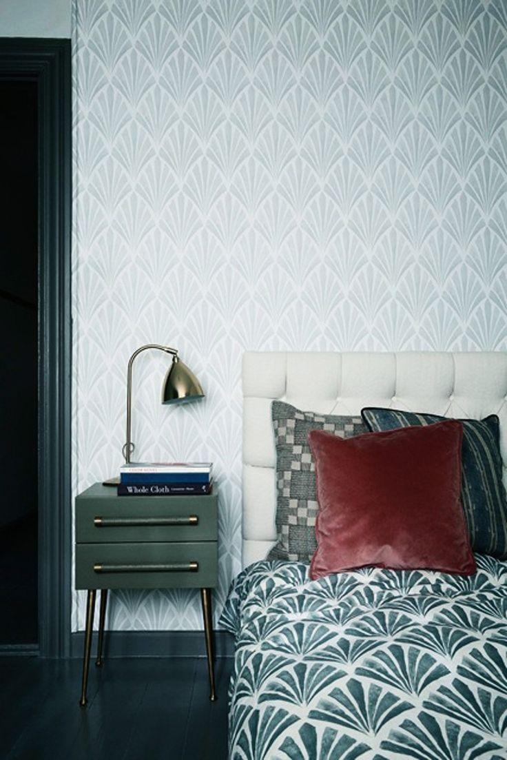 Den eklektiska inredningsstilen från 20-talet är trendig igen. Glöm allt som har med modernt och minimalistiskt att göra och satsa på de dekorativa detaljerna i sann art déco-anda.