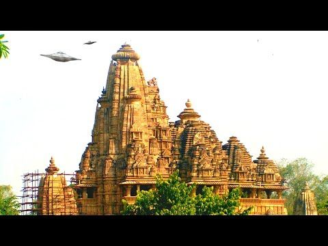 "Aliens Attack India, Kill 7 People - ""Muhnochwa"" UFO caught on film - YouTube"