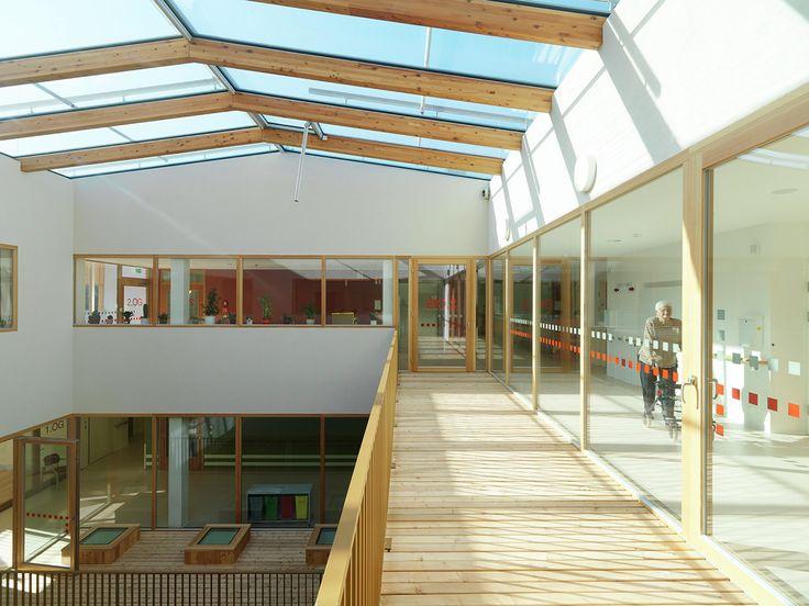 Galeria de Lar de Repouso e Cuidados Especiais / Dietger Wissounig Architekten - 2