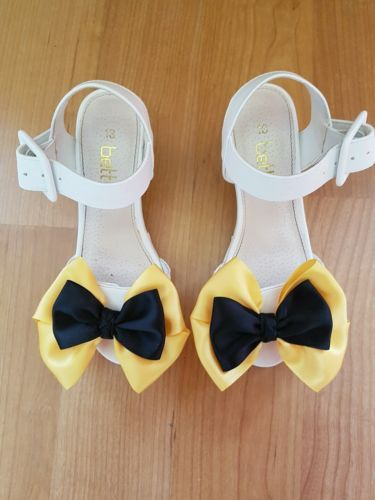 Madelienas SHOE CLIPS My Inspired Emma Wiggle style: 1 AU$9.00 a pair