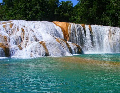 Cascadas de Chiapas. The following 25 spots in Mexico are unique and they are perfect for people that are trying to figure out what to do with life.