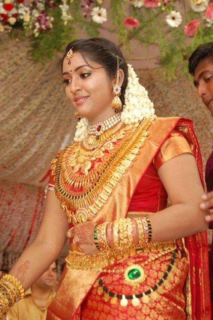 navyanair-wedding-ja-kavya-madhavan-marriage-photos-893871011.jpg (431×648)