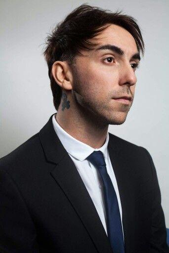 Alex gaskarth short hair