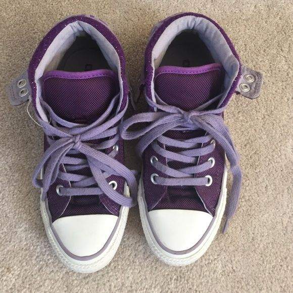 Purple Converse Ankle Boots. Great condition, beautiful purple women's  boots, only a small yellow spot shown in last picture not very noticeable. And a little worn on the heel shown in 3tr picture. Converse Shoes Ankle Boots & Booties